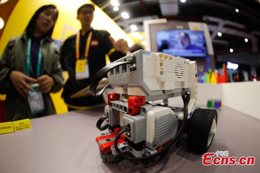 A smart toy developed by LEGO Group is displayed at the first China International Import Expo in Shanghai, Nov. 8, 2018. (Photo: China News Service/ Du Yang)