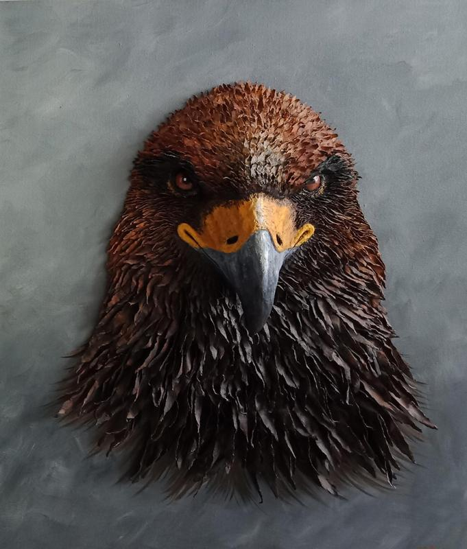 Golden Eagle (Photo provided to China Daily)  Artist Zhou Jianqian has created more than 40 oil paintings using old newspapers in Changsha, Central China\'s Hunan Province, since 2013. His works mostly focus on wildlife and environmental themes.  Zhou\'s works are real and vivid. The use of newspapers as a medium gives his paintings more depth than those painted on a sheet of paper. Many of Zhou\'s works are inspired by documentary The End of the Wild, hosted by renowned basketball player and environmental activist Yao Ming.  \