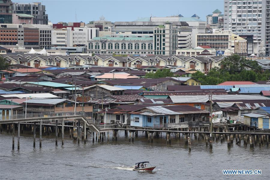 <?php echo strip_tags(addslashes(Photo taken on Nov. 18, 2018 shows a scenery of the Water Village in Bandar Seri Begawan, capital of Brunei. (Xinhua/Wang Shen))) ?>