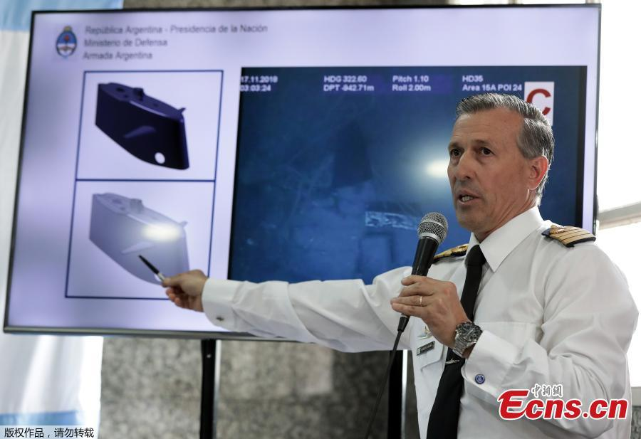 Argentinien Navy spokesman Enrique Balbis speaks during a press conference on the finding of the wreckage of the ARA San Juan submarine, in Buenos Aires, on November 17, 2018.  Authorities confirmed the wreckage of the ARA San Juan submarine was found at 907 meters (2,975 feet) of depth, some 500 km from the southern city of Comodoro Rivadavia.(Photo/Agencies)