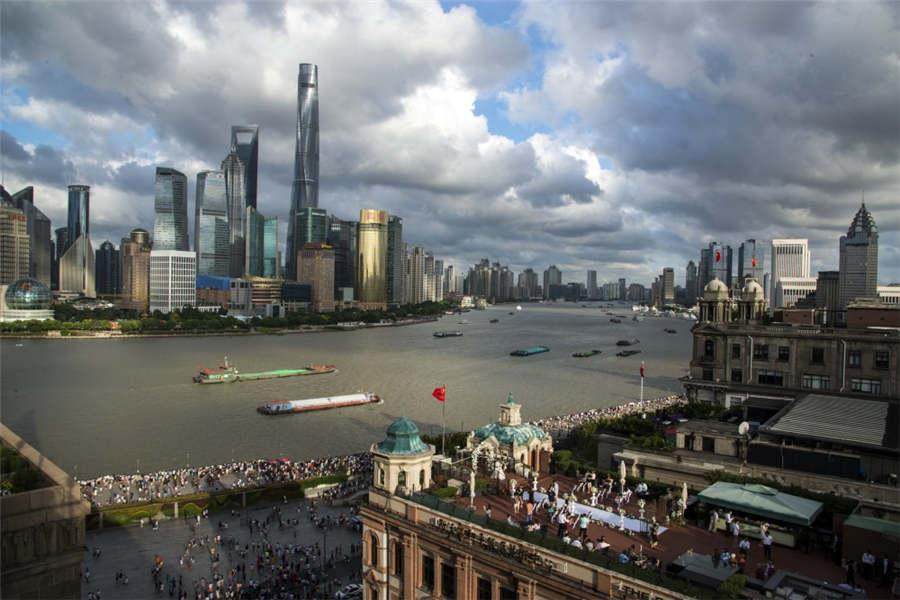 Skyscrapers rise above the Huangpu River, as seen from the rooftop of the Fairmont Peace Hotel, Aug. 19, 2018.  (Photo provided to chinadaily.com.cn)