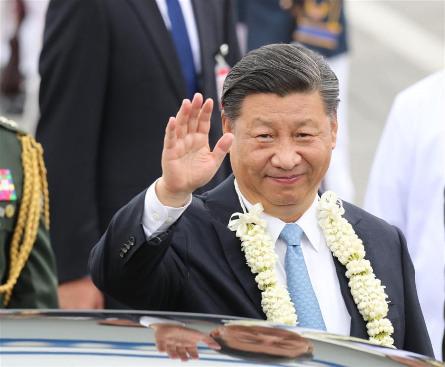 Chinese President Xi Jinping waves upon his arrival in Manila, the Philippines, Nov. 20, 2018. Xi arrived here on Tuesday for a state visit to the Philippines. (Xinhua/Ding Lin)