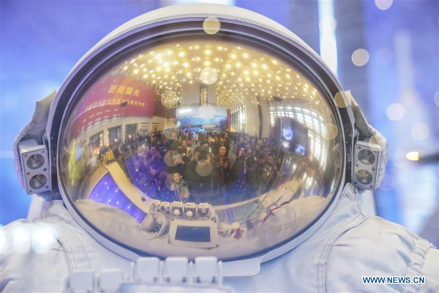Spacesuit is displayed during a major exhibition to commemorate the 40th anniversary of China\'s reform and opening-up at the National Museum of China in Beijing, capital of China, Nov. 24, 2018. (Xinhua/Yin Gang)