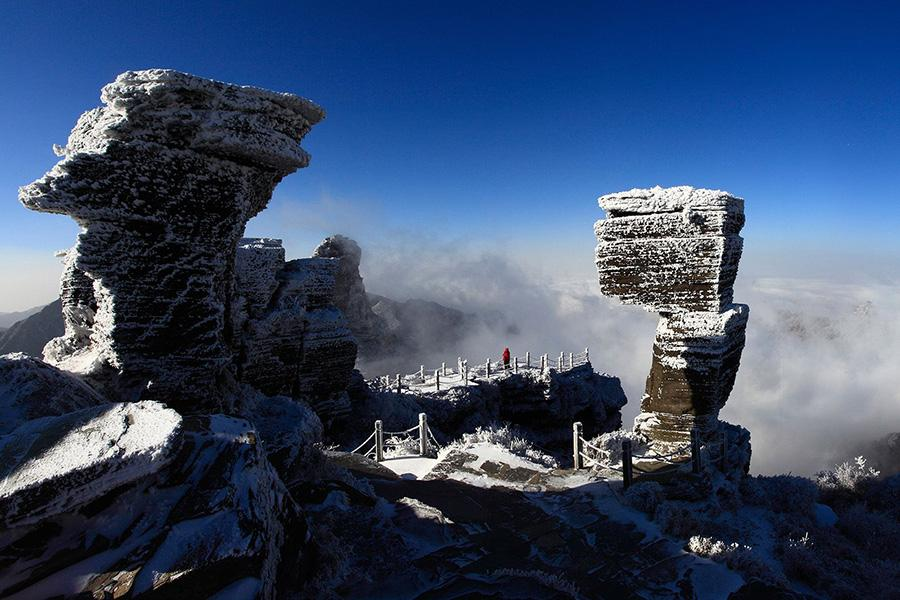 A fantastic landscape after a snowfall in Fanjing Mountain, located in Tongren city of Guizhou Province. (Photo/chinadaily.com.cn)
