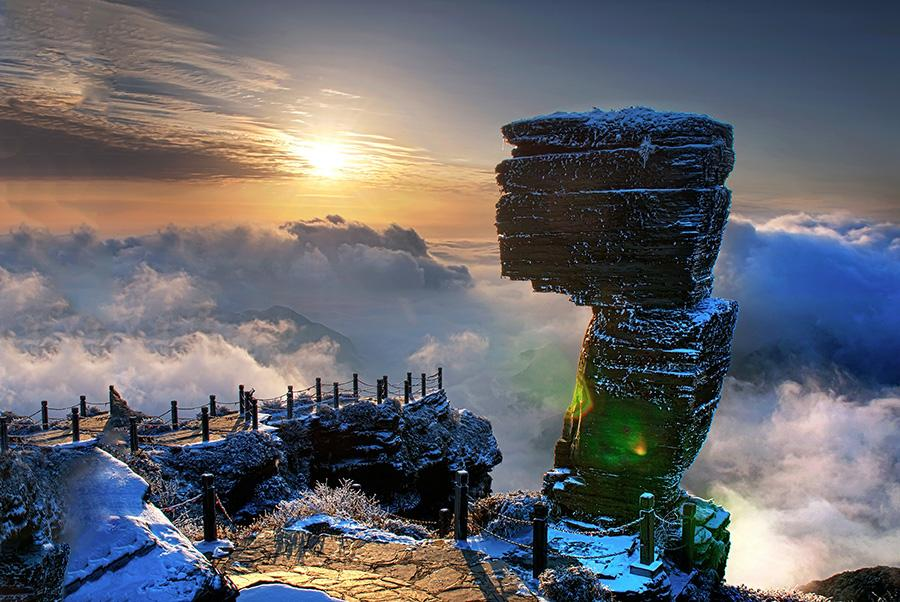 <?php echo strip_tags(addslashes(A fantastic landscape after a snowfall in Fanjing Mountain, located in Tongren city of Guizhou Province. (Photo/chinadaily.com.cn)