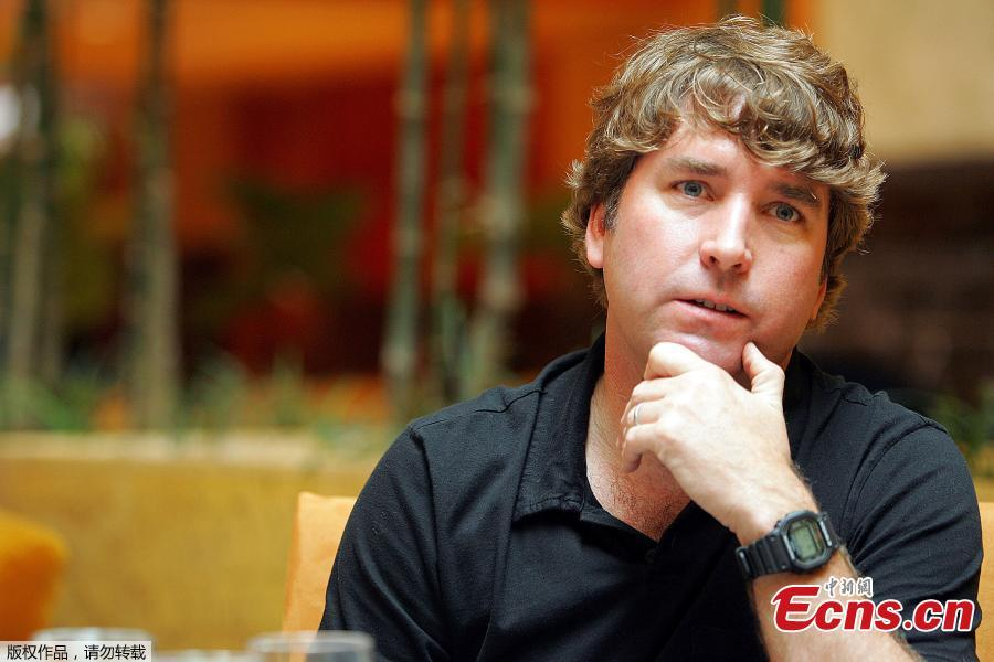 File photo: Stephen Hillenburg, creator of the popular animated series Spongebob Squarepants is interviewed by Reuters in Singapore, January 28, 2005. (Photo/Agencies)