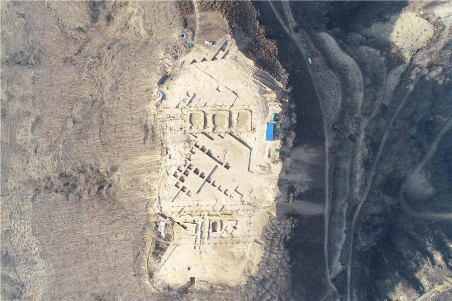 An aeriel view of the Lushanmao historic relic site in the Baota district of Yan\'an city, Northwest China\'s Shaanxi Province. (Photo provided to chinadaily.com.cn)