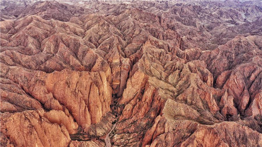 The Yellow River Stone Forest in Jingtai county in Baiyin city of Gansu Province. (Photo provided to chinadaily.com.cn)