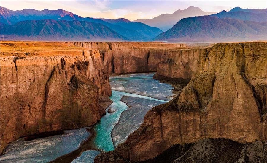 The Taolai River Gorge at Jiayuguan Pass in Gansu Province. (Photo provided to chinadaily.com.cn)  Gansu province in Northwest China is located at a pivot zone of the ancient Silk Road, where different cultures and civilizations once collided. Its variety of landscapes, long history, brilliant cultures and numerous cultural attractions have made Gansu a unique place for travel.  Gansu has collected an investment of 10.5 million yuan (around $1.51 million) to launch the construction of a content cloud of all-for-one tourism, which will provide more in-depth and targeted information for tourists coming to Gansu, according to Huo Yulong, a deputy head from Gansu\'s bureau of culture and tourism.