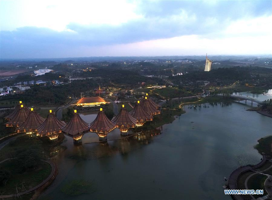 Aerial photo taken on Dec. 2, 2018 shows the scenery of the Garden Expo Park in Nanning, capital city of south China\'s Guangxi Zhuang Autonomous Region. This year marks the 60th anniversary of the establishment of the Guangxi Zhuang Autonomous Region. (Xinhua/Zhou Hua)