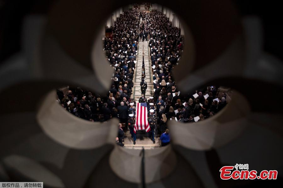The casket of former US president George H. W. Bush is seen during his state funeral at the National Cathedral in Washington, DC on December 5, 2018.(Photo/Agencies)