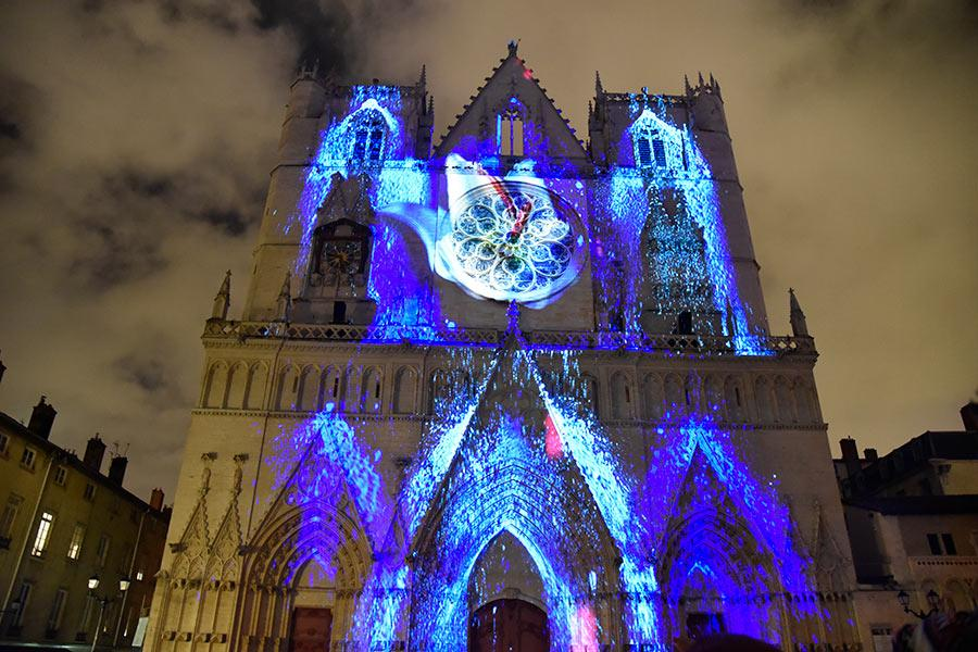 The Saint Jean Cathedral in Lyon is the major site for the light festival. The church has been decorated with amazing colors and patterns that last around eight minutes in celebration of the annual Lyon Festival of Lights on Dec. 9, 2018. (Photo/chinadaily.om.cn)