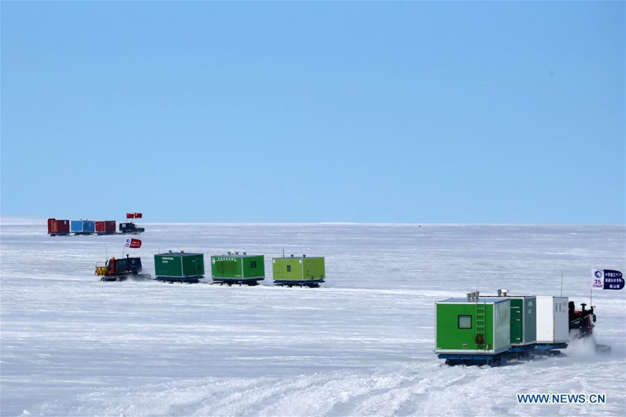 China\'s 35th Antarctic expedition sends 37 members of two inland expedition teams to the Kunlun and Taishan stations in Antarctica Dec. 18, 2018. (Xinhua/Liu Shiping)
