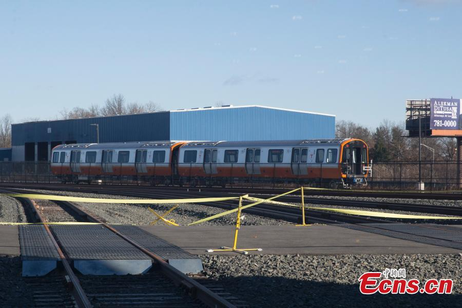 The first train produced at the CRRC factory in Springfield, Massachusetts undergoes testing. (Photo: China News Service/Liao Pan)