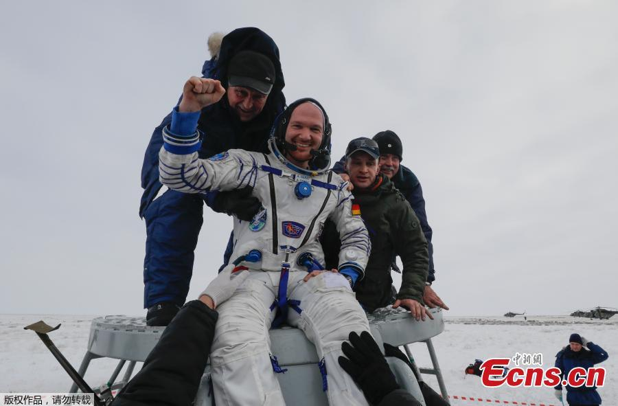 Ground personnel help International Space Station (ISS) crew member Alexander Gerst of Germany to get out of the Soyuz MS-09 capsule after landing in a remote area near the town of Zhezkazgan, formerly known as Dzhezkazgan, Kazakhstan, Dec. 20, 2018. Soyuz MS-09 with its three-person crew returned to Earth after more than 6 months in orbit on the International Space Station.  The Soyuz MS-09 vehicle rose to high public profile in August when a hole that resulted in a small atmospheric leak aboard the Station was discovered in its Orbital Module. (Photo/Agencies)