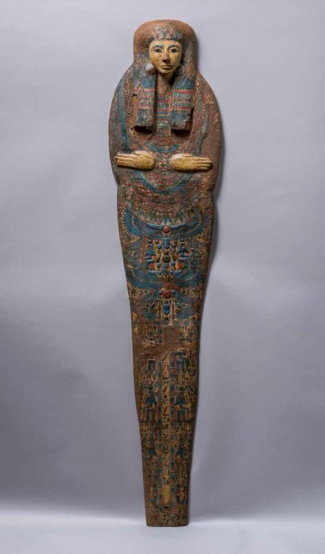 A total of 235 pieces of cultural relics of ancient Egypt, including mummies, stone caskets, amulets and godly statues, and dating back to the period between 22th century BC and 1st century BC, are on show at Guangdong Museum in Guangzhou. (Photo provided to China Daily)