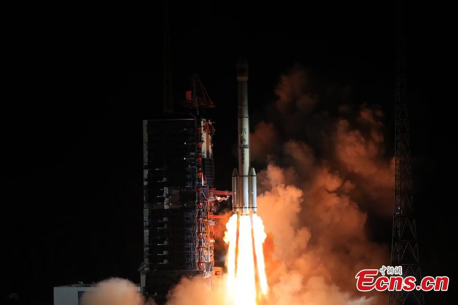 Long March-3C carrier rocket blasts off from the launch pad at the Xichang Satellite Launch Center in Xichang, southwest China\'s Sichuan Province, Dec. 25, 2018. China successfully launched the No. 3 telecommunication technology test satellite on Tuesday.  (Photo: China News Service/Wang Yulei)