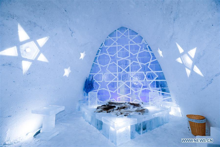 Photo taken on Dec. 25, 2018 shows the interior of an ice and snow hotel in Hailar of Hulun Buir, north China\'s Inner Mongolia Autonomous Region. The hotel, made from 8,000 tons of ice and snow, attracts many tourists. (Xinhua/Yu Dongsheng)