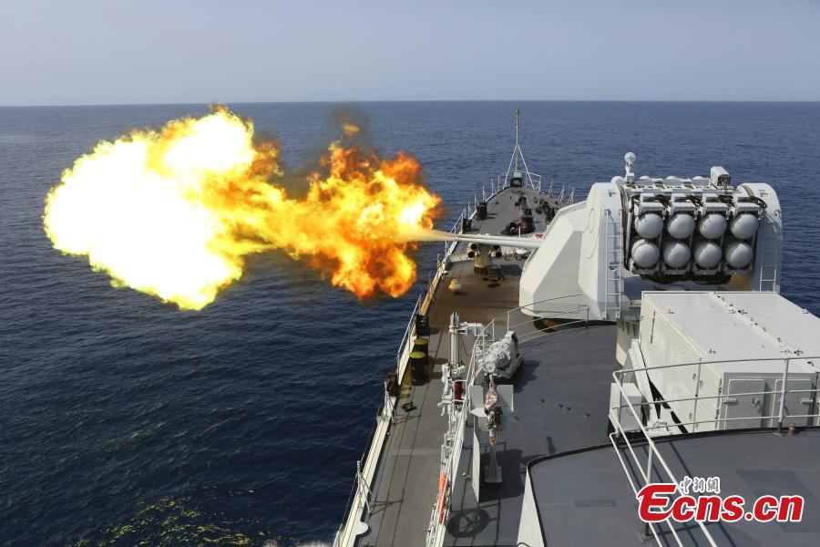 A warship of Chinese Navy participates in a joint counter-piracy exercise with the U.S. navy in the Gulf of Aden in August 2013. (Photo: China News Service/Wang Changsong)