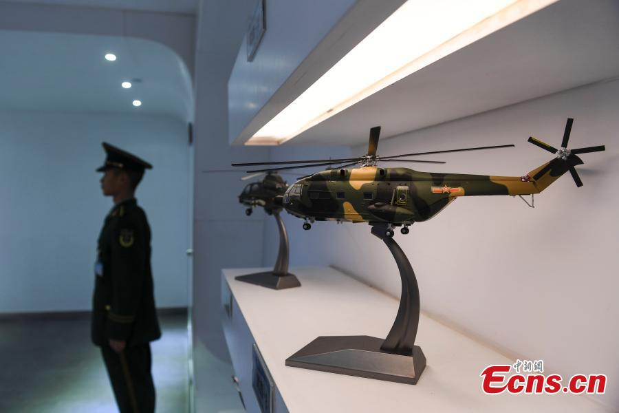 Aircraft models at the Hunan Aviation Museum at the Changsha Aeronautical Vocational and Technical College in Changsha City, Central China\'s Hunan Province. The museum showcases aviation equipment, aviation technology and culture. It is also the national defense education base of Hunan. (Photo: China News Service/Yang Huafeng)