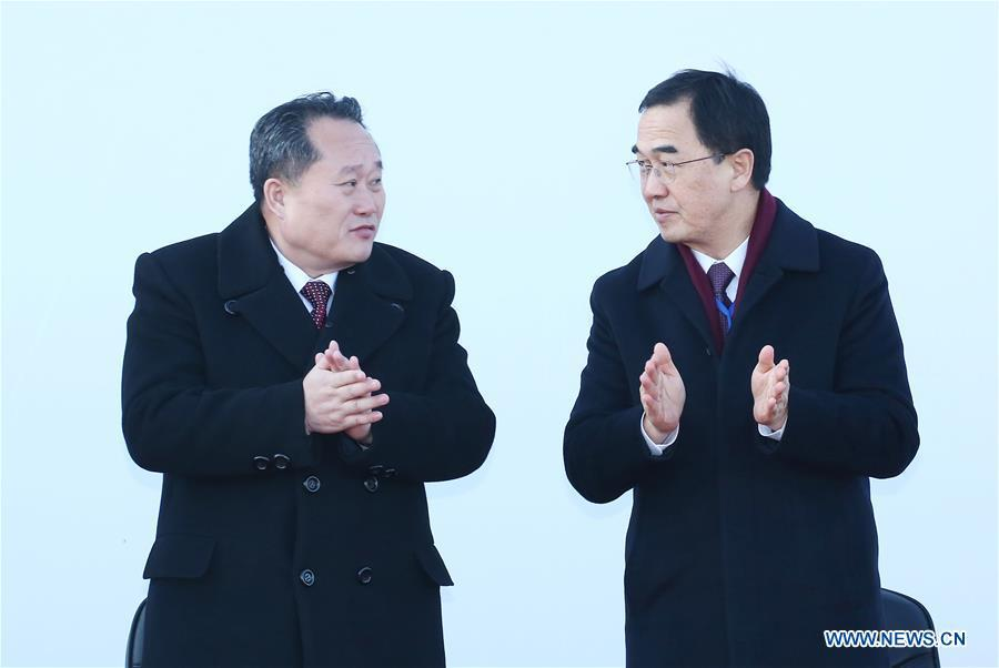 Cho Myoung-gyon(R), South Korean Unification Minister, and Ri Son Gwon, chairman of the Committee for the Peaceful Reunification of the Fatherland of the Democratic People\'s Republic of Korea (DPRK) take part in the groundbreaking ceremony for rail and road connection across border between South Korea and the Democratic People\'s Republic of Korea (DPRK) at Panmun Station in the DPRK\'s border town of Kaesong on Dec. 26, 2018. South Korea and DPRK on Wednesday held a groundbreaking ceremony to modernize and eventually connect railways and roads across the inter-Korean border. (Xinhua)