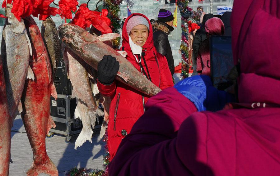 The annual Chagan Lake Fishing and Hunting Cultural Tourism Festival kicks off in Songyuan, Jilin Province, on Dec. 28, 2018. (Photo/chinadaily.com.cn)