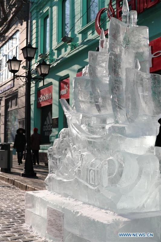 An ice sculpture is seen on the Zhongyang Street during a national college ice sculpture competition in Harbin, capital of northeast China\'s Heilongjiang Province, Jan. 2, 2019. (Xinhua/Cao Jiyang)