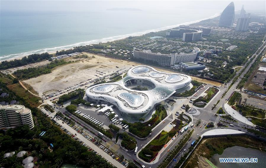 Aerial photo taken on Dec. 1, 2018 shows a view of the Sanya international duty-free shop in Sanya, south China\'s Hainan Province. The 18th Central Committee of the Communist Party of China (CPC) held the third plenary session in November, 2013. In the five years since then, China\'s reform momentum had been particularly strong as the CPC decided to advance reform in all aspects during the meeting. Since the third plenary session, Chinese President Xi Jinping has presided over at least 45 high-profile meetings on advancing reforms, during which 400 documents and 1,932 reform plans have been launched. As a result, China\'s reform has been expanded from the economic field to a broad sphere including administrative management, culture, society, ecological conservation, Party building, and the military. (Xinhua/Yang Guanyu)