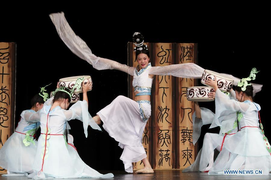 Students from the Guanghua Chinese School perform a classic Chinese dance during a New Year celebration organized by Greater Philadelphia Chinese School of Union (GPCSU) in Philadelphia, the United States, on Jan. 6, 2019. More than 100 young Chinese Americans have charmed fans of traditional Chinese folk dances and costumes in a grand New Year celebration performance. (Xinhua/Wang Ying)