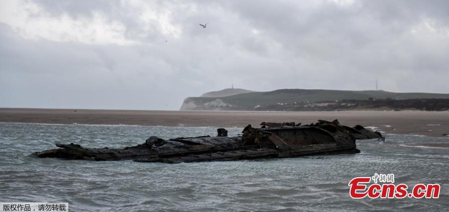 A photo shows the wreckage of a German submarine which ran aground off the coasts of the city of Wissant in July 1917 and has recently resurfaced due to sand movements on the beach of Wissant, near Calais, northern France, on Jan. 9, 2019. (Photo/Agencies)