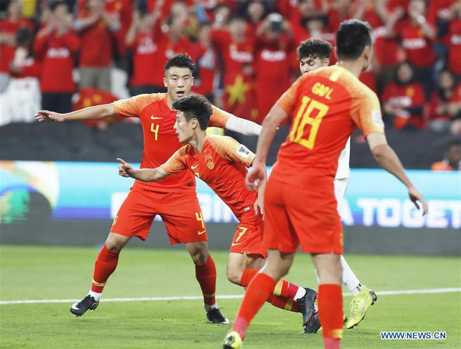 Wu Lei (2nd L) of China celebrates scoring his second goal during the 2019 AFC Asian Cup UAE 2019 group C match between China and the Philippines in Abu Dhabi, the United Arab Emirates (UAE), Jan. 11, 2019. China won 3-0. (Xinhua/Ding Xu)