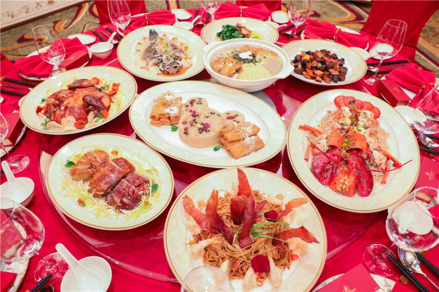 On Feb. 4 and 5, Shanghai Disney Resort will host special reunion dinners.  (Photo provided to chinadaily.com.cn)