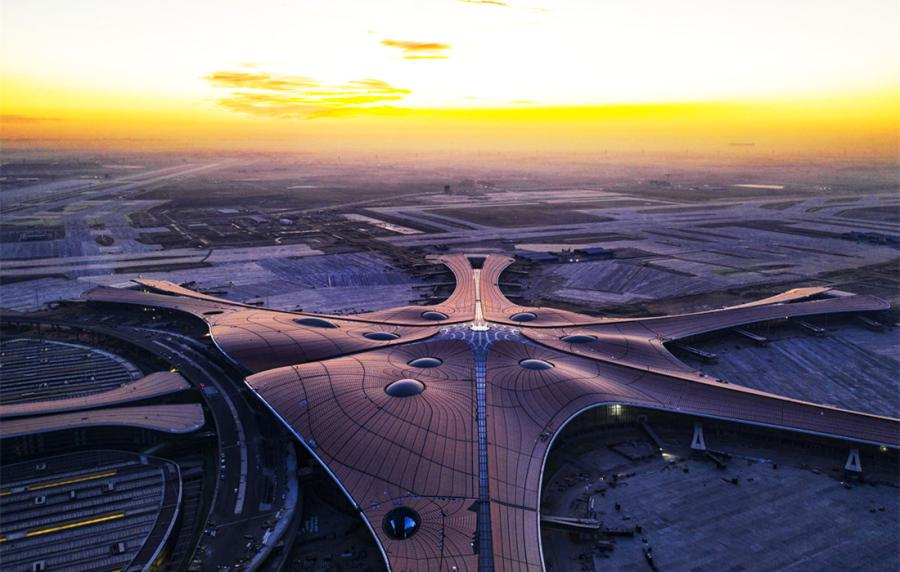Photos taken on January 21, 2019, show the Beijing Daxing International Airport under construction in Beijing. The facade decoration project is finished, while the interior decoration is 80 percent complete. The new airport is scheduled to begin operation on September 30, 2019. (Photo: Cui Meng/GT)