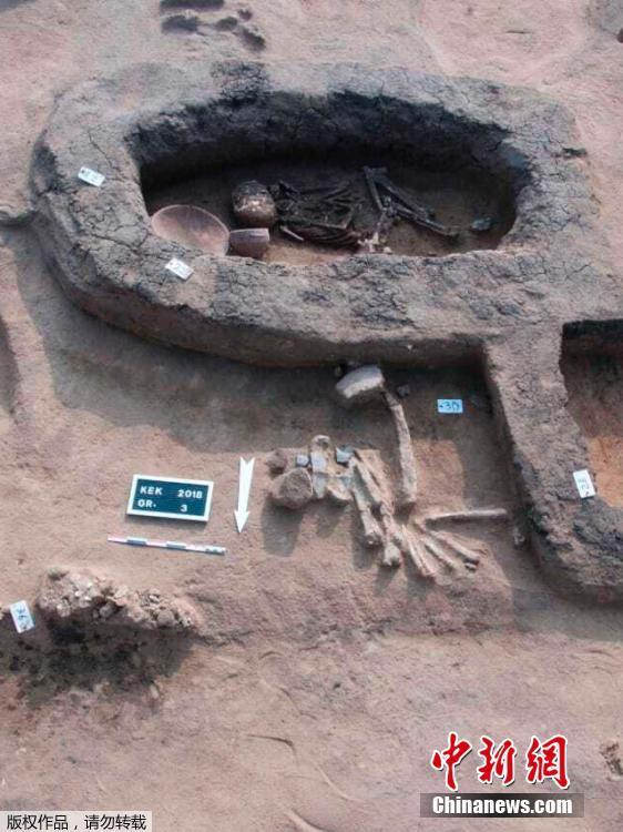 Archaeologists have discovered tombs believed to belong to Hyksos, in Kevm al-Hilal region, in Cairo, Egypt on Jan. 23, 2019. (Photo/Agencies)