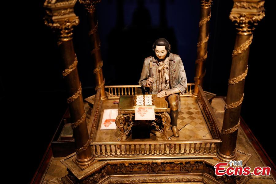 A new exhibition at the Gallery of Clocks in the Palace Museum, Jan. 28, 2019. The gallery is home to the museum's collection of 82 clocks and timepieces, including 61 from abroad. Of the pieces, 20 are on display to the public for the first time. (Photo: China News Service/Du Yang)