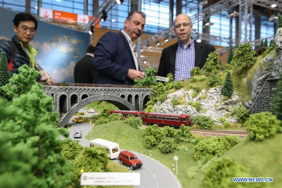 Visitors view model scenery displayed at the booth of NOCH in the Spielwarenmesse exhibition in Nuremberg, Germany, Jan. 30, 2019. Spielwarenmesse, a leading international fair for toys, hobbies and leisure, kicked off in Nuremberg on Wednesday. Around 2,900 manufacturers from all over the world gathered at the annual trade fair, which will last until Feb. 3 and is expected to attract 71,000 visitors from over 125 nations and regions. (Xinhua/Shan Yuqi)