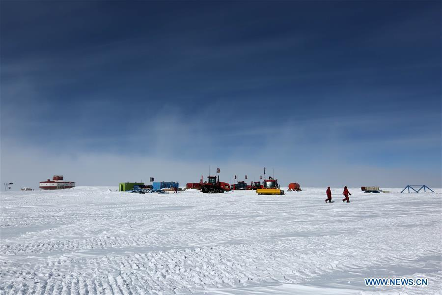The Kunlun team of China\'s 35th Antarctic expedition arrives at the Taishan station to join the Taishan team, in Antarctica, Jan. 31, 2019. (Xinhua/Liu Shiping)