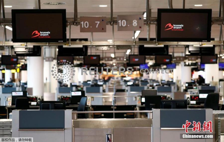 Photo shows empty desks desks at departure hall during a strike by Belgian trade unions at Zaventem international airport in Brussels, Belgium, Feb. 13, 2019. All flights in and out of Belgium have been cancelled for a day due to strike action, the country\'s air traffic control has announced on Tuesday.  (Photo/Agencies)