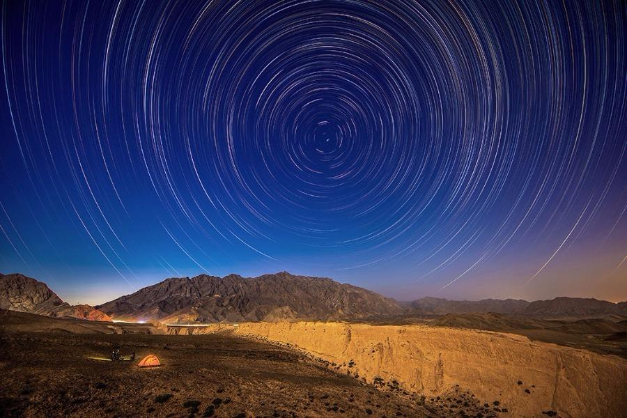 The Great Wall in the Ningxia Hui autonomous region on a starry night.(Photo/chinadaily.com.cn) Over the past decade, his dedication and ambition to record the wall's architecture has encouraged more than 200 fellow photographers from around the country to join him in his project, which now comprises over 1,800 pictures.  The pictures, including drone shots on snowy days and starry nights, offer a rare, panoramic view of one of the world's wonders.