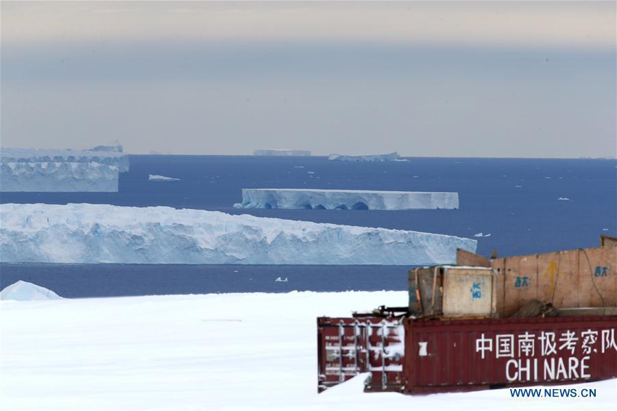 Photo taken on Feb. 10, 2019 shows icebergs on the sea near the Zhongshan Station, a Chinese research base in Antarctica. The Zhongshan Station was set up in February 1989. Within tens of kilometers to the station, ice sheets, glacier and iceberg can all be seen. (Xinhua/Liu Shiping)
