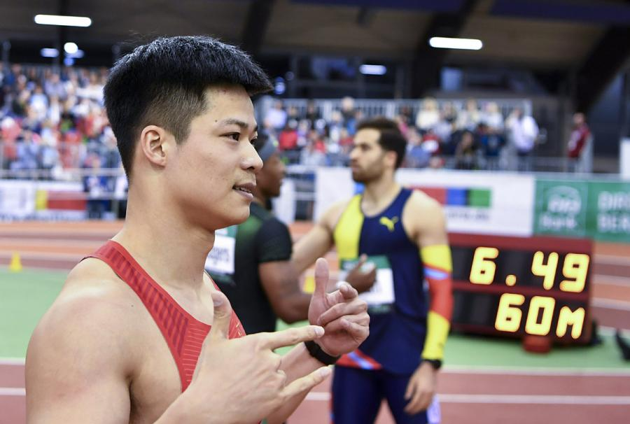China\'s sprinter Su Bingtian wins men\'s 60 meters title with a season second-best of 6.49 seconds at the IAAF World Indoor Tour meeting in Dusseldorf, Germany, on Feb. 21, 2019. Su, Asia\'s 100m and 60m record holder, clocked his season best of 6.47 seconds in Birmingham, Britain, on Saturday after a season-opening win four days before in Athlone, Ireland. (Photo/Xinhua)