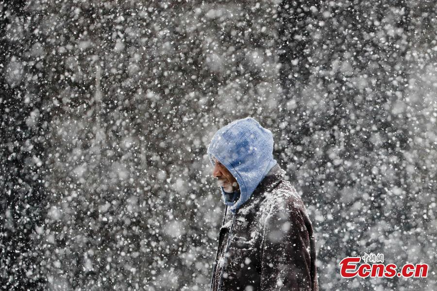A pedestrian walks during a winter snowstorm in Philadelphia, Feb. 20, 2019. (Photo/Agencies)