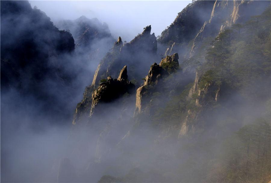 A view of Huangshan Mountain after the snowy weather in East China\'s Anhui Province, Feb. 19, 2019. (Photo/Asianewsphoto)