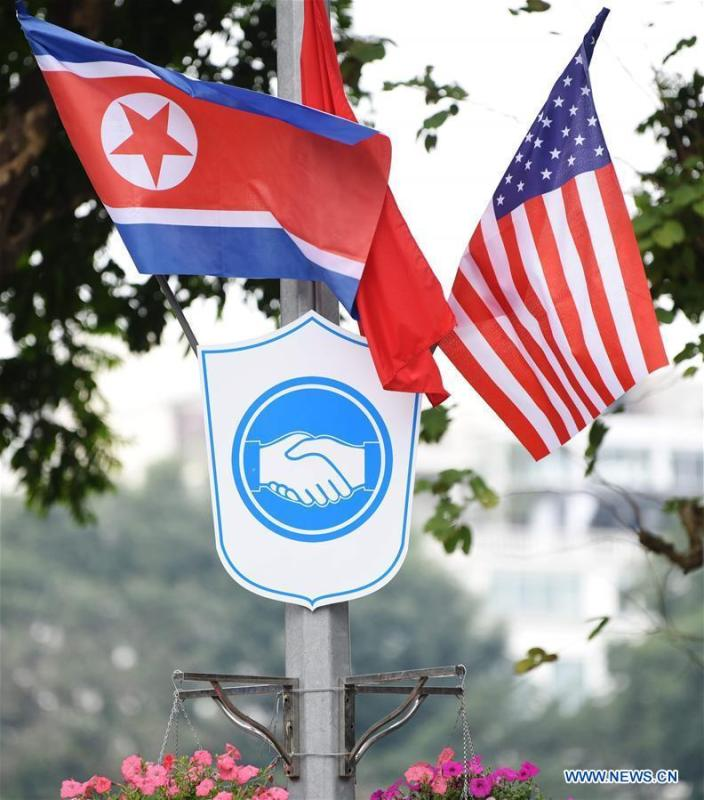 Photo taken on Feb. 25, 2019 shows national flags of Vietnam, the DPRK and the United States in Hanoi, Vietnam. The second summit between top leader of the Democratic People\'s Republic of Korea (DPRK) Kim Jong Un and U.S. President Donald Trump will be held in Hanoi on Feb. 27-28. (Xinhua/Wang Shen)