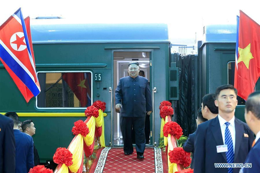 In this photo provided by Vietnam News Agency, top leader of the Democratic People\'s Republic of Korea (DPRK) Kim Jong Un (C) arrives at Dong Dang railway station in Lang Son Province, Vietnam, on Feb. 26, 2019. Kim arrived in Vietnam Tuesday morning by train for his first official visit to the country and the second summit with U.S. President Donald Trump, Vietnam News Agency reported. (Xinhua)