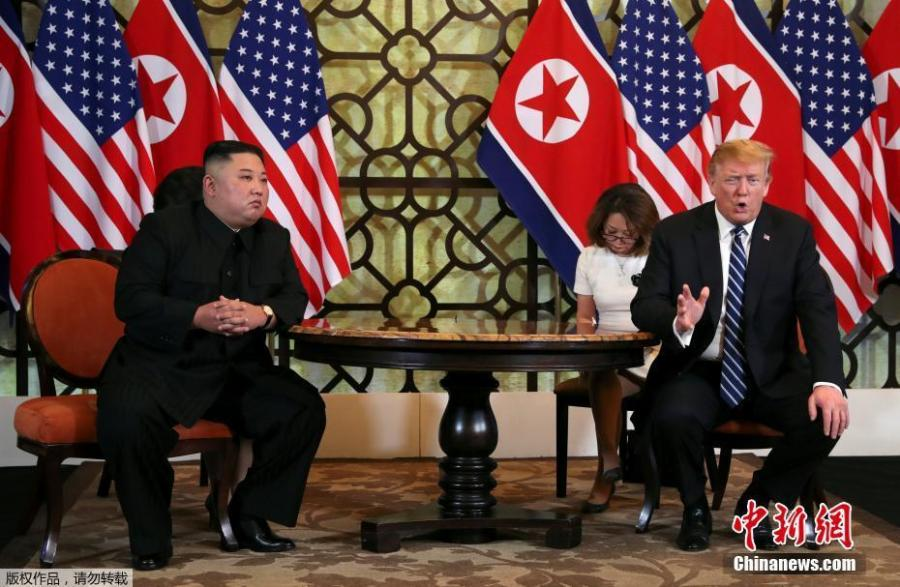 DPRK top leader Kim Jong-un and U.S. President Donald Trump sit down before their one-on-one chat during the second U.S.-DPRK summit at the Sofitel Legend Metropole Hanoi hotel, Feb. 28, 2019, in Hanoi.(Photo/Agencies)