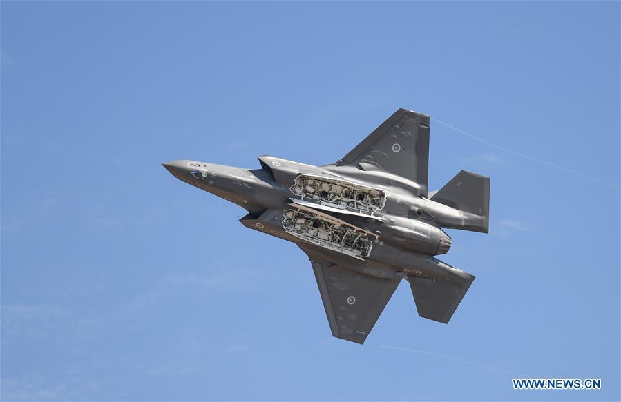 An Australian Defence Force F-35 performs during the Australian International Airshow and Aerospace & Defence Exposition at the Avalon Airport, Melbourne, on Feb. 28, 2019. (Xinhua/Bai Xuefei)