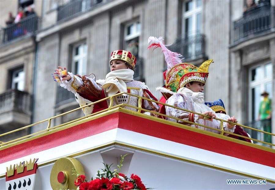 Children take part in the Rose Monday carnival parade in Cologne, Germany, on March 4, 2019. The Rose Monday parade marks the high point of Cologne\'s annual carnival. (Xinhua/Lu Yang)