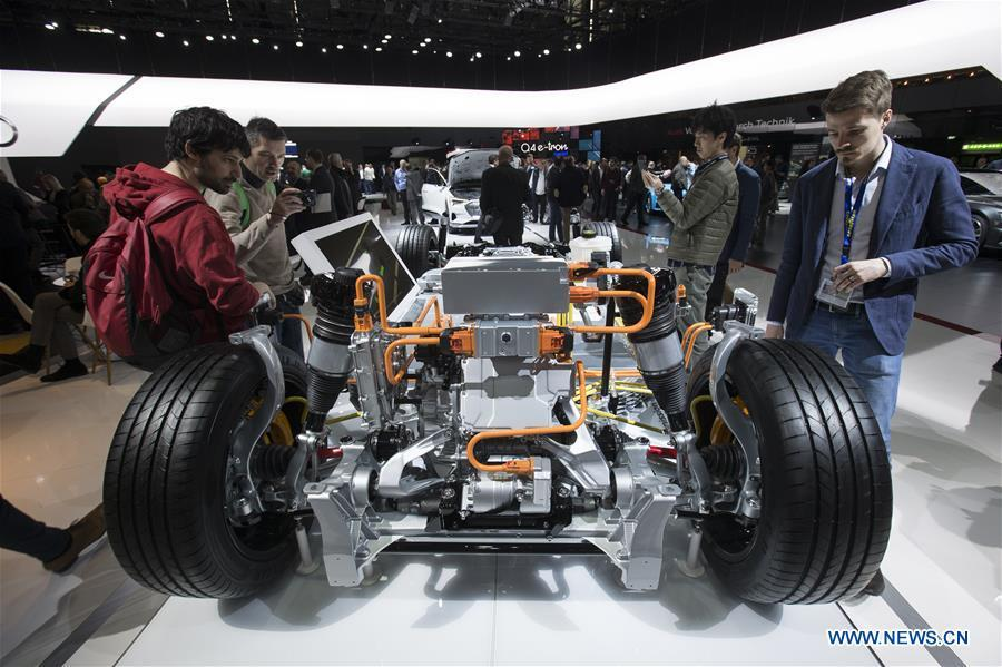 Photo taken on March 6, 2019 shows the Audi e-tron transmission system at the 89th Geneva International Motor Show in Geneva, Switzerland. Electric cars and hybrid cars are highlights at this year\'s Geneva International Motor Show, which will open to the public from March 7 to 17. (Xinhua/Xu Jinquan)