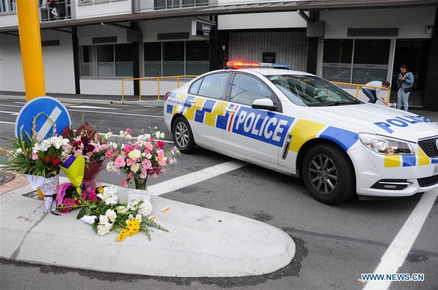 Bunches of flowers are presented near the site of the terrorist attacks in Christchurch, New Zealand, on March 16, 2019. Gunmen opened fire in two separate mosques in Christchurch on Friday, killing 49 people and wounding 48 others. (Xinhua/Lu Huaiqian)